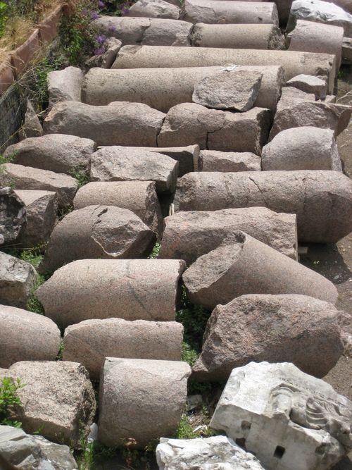 Path of fallen columns