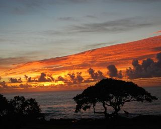 Kauai Sunrise 2 - 680x512